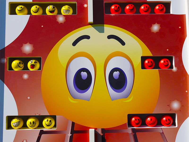 Emoji Shots Mobiler Deluxe Spielpark Events4Rent