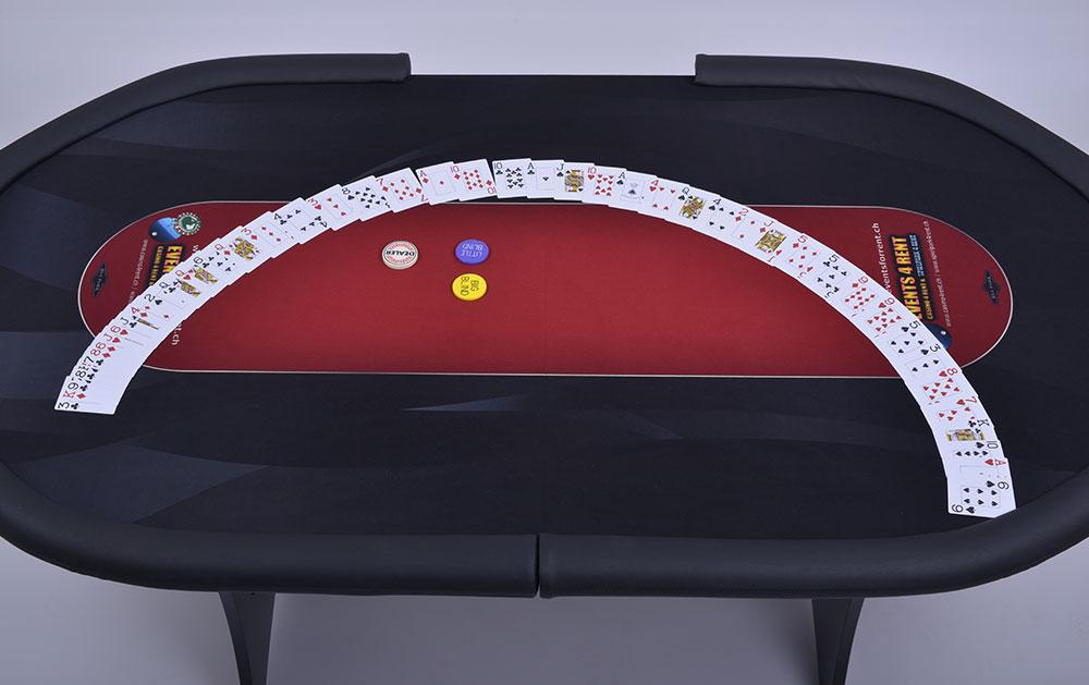 Texas-holdem-poker-01